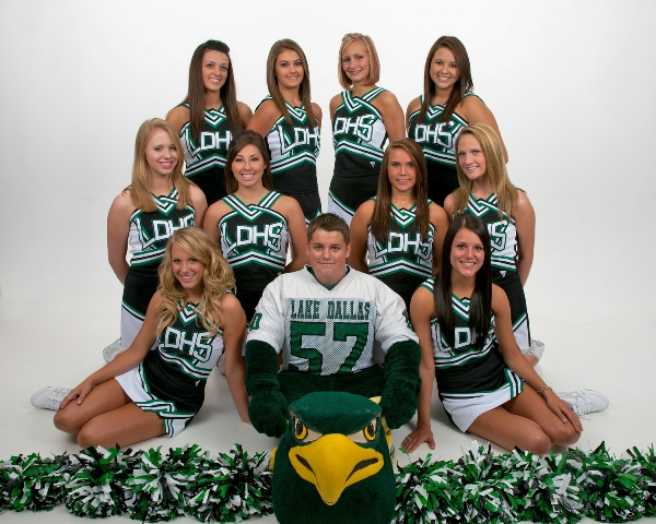 2009 Lake Dallas Falcons cheerleaders