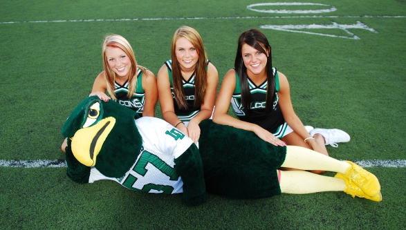 2009 Senior Cheerleaders Heather Jones, Kristi Deveny, Nicole Anderson, and Colin Graves (Mascot)